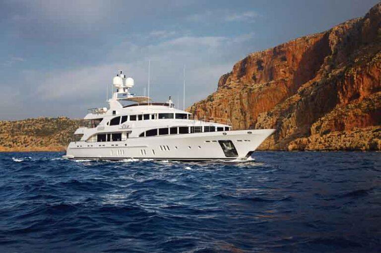 puerto vallarta luxury yachts